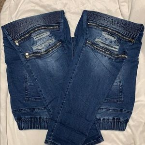 Distressed Knee, Zipper, Stretch Skinny Jean NWOT